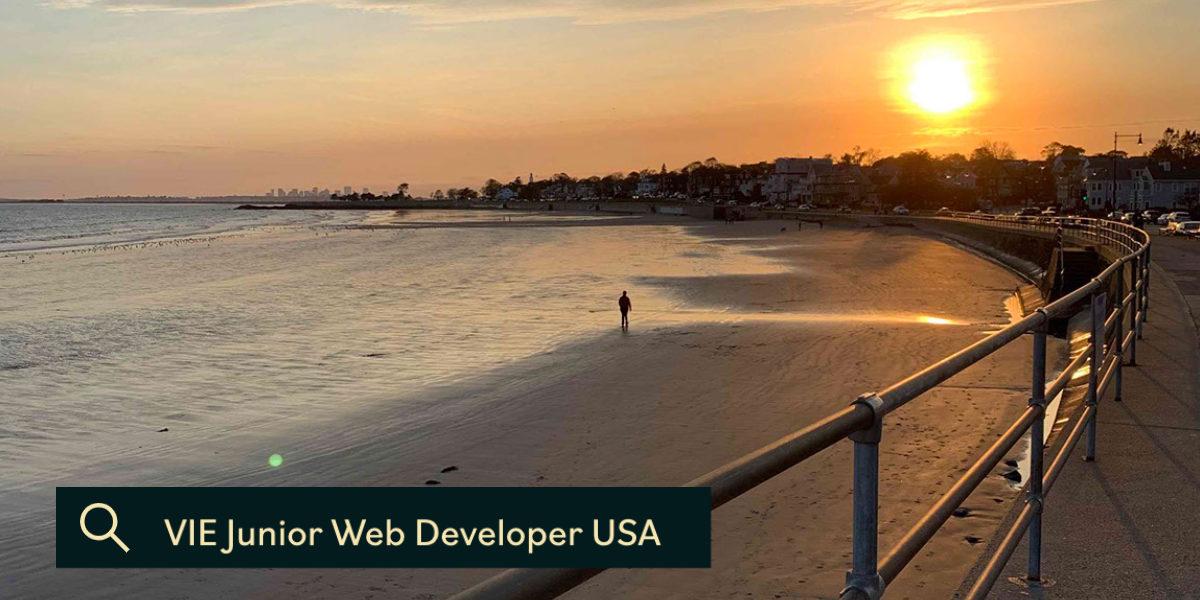 King's beach in Swamspcott, MA near Genoskin's offices. VIE Junior Web Developer USA